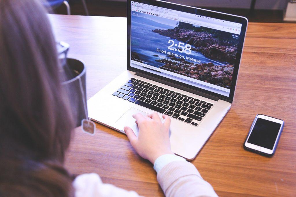 Home office alatt is hatékony megoldás az online ügyintézés